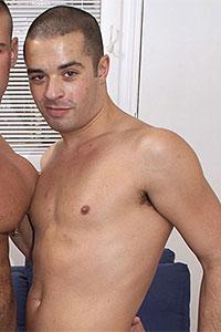 Dane Caroggio